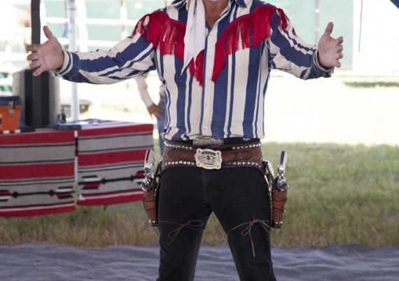 Daniel Link, The Rhinestone Cowboy